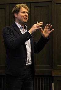Holger Fischer auf dem World Usability Day.