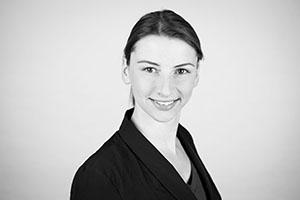 Mitarbeiterbild von Managing Director Elske Ludewig.